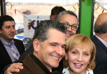 Carlos Medina and Lt. Gov. Kim Guadagno at La Playa restaurant in Keansburg, NJ.