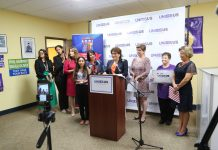 Latinas Unidas supporting re-election of United Senator Bob Menendez.