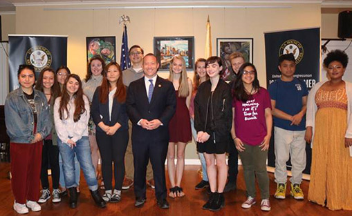 Below: Congressman Josh Gottheimer (NJ-5) with competitors from the 2018 Congressional Art Competition.